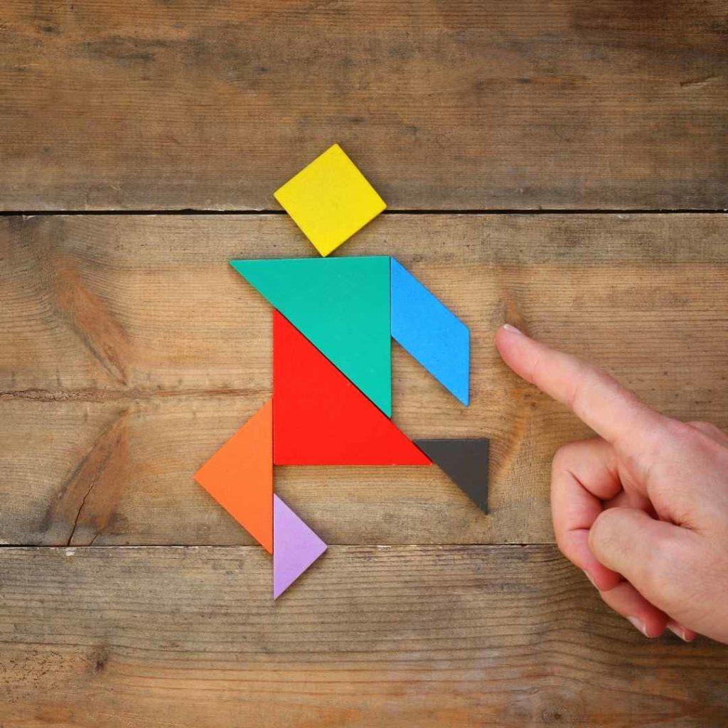 Tangran juego para entrenamiento visual