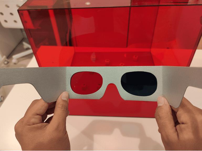 gafas rojo-verde como ejercicio para el ojo vago